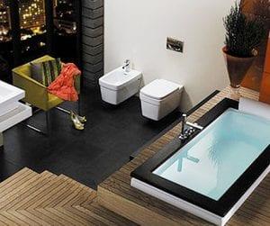 moderne baderom i flere nivåer